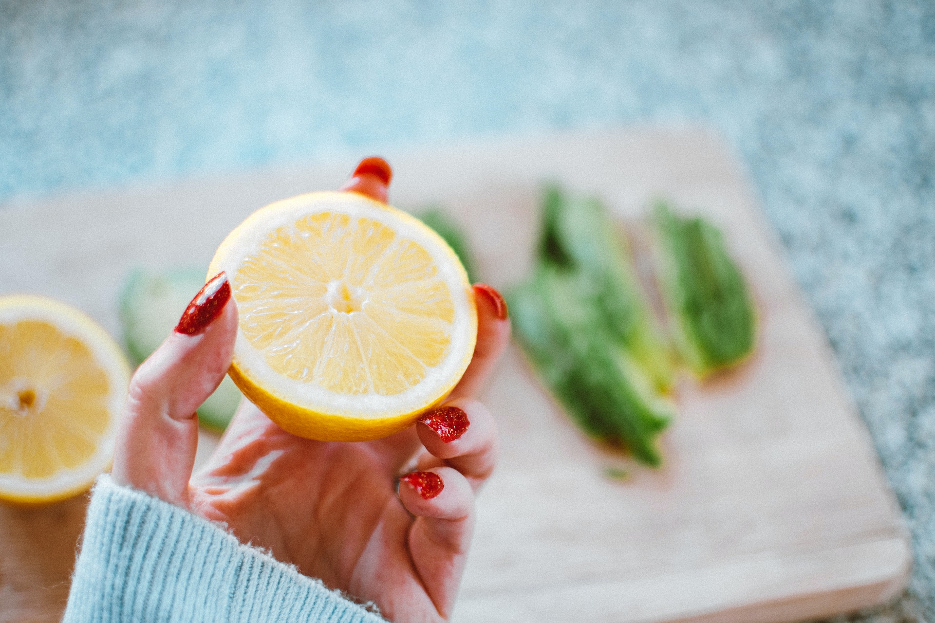 Em que alimentos pode encontrar as diferentes vitaminas?