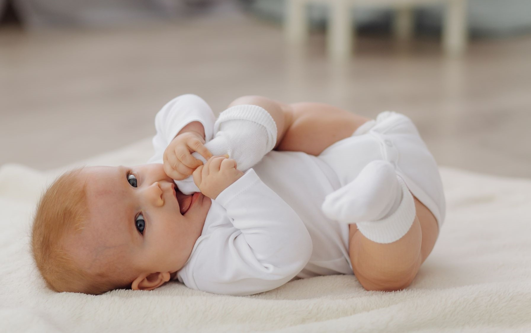Quantas horas devem dormir os bebés e crianças?